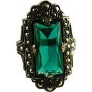 Vintage Art Deco Ring Uncas Size 3 Emerald Green Glass