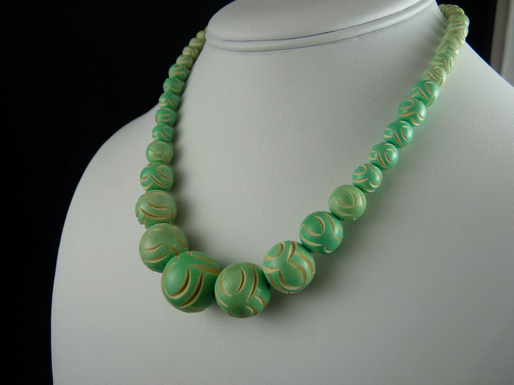 Vintage Art Deco Carved Galalith Bead Necklace Pale Green