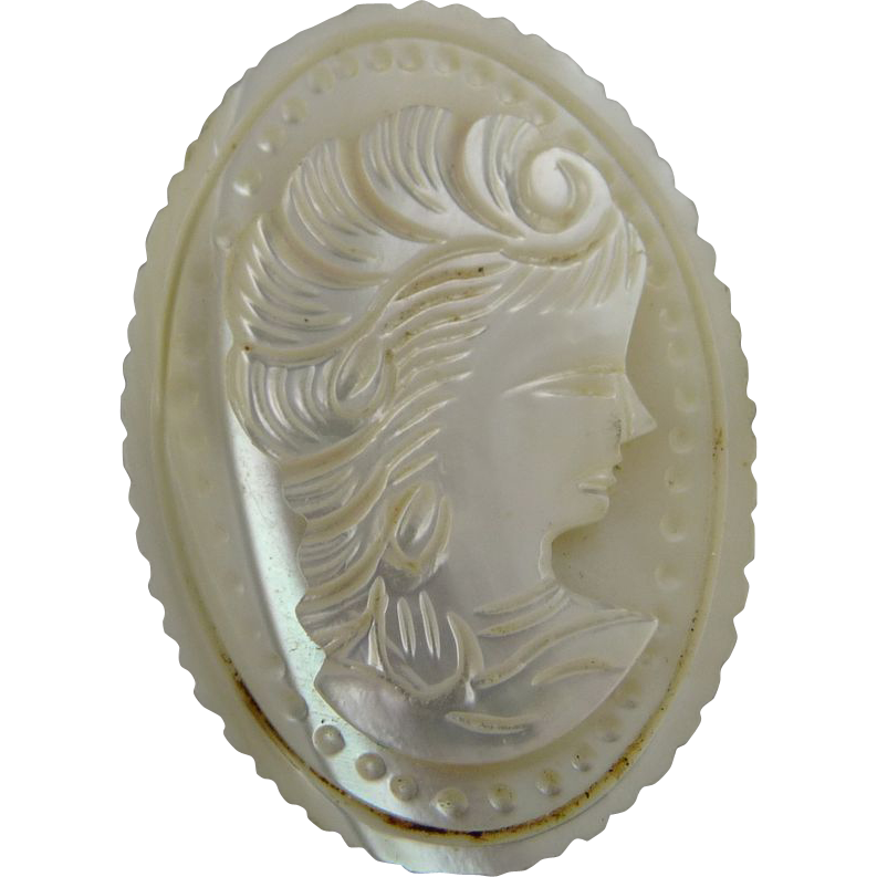 Vintage Mother of Pearl Cameo Pin