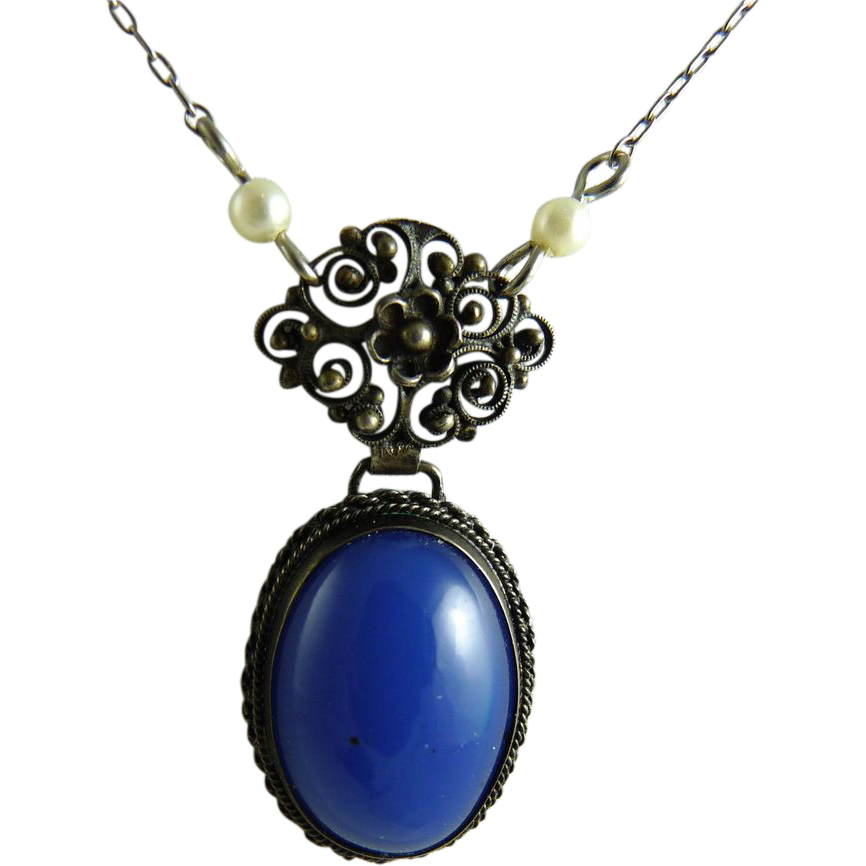 Vintage Chalcedony Pendant Necklace 800 Silver