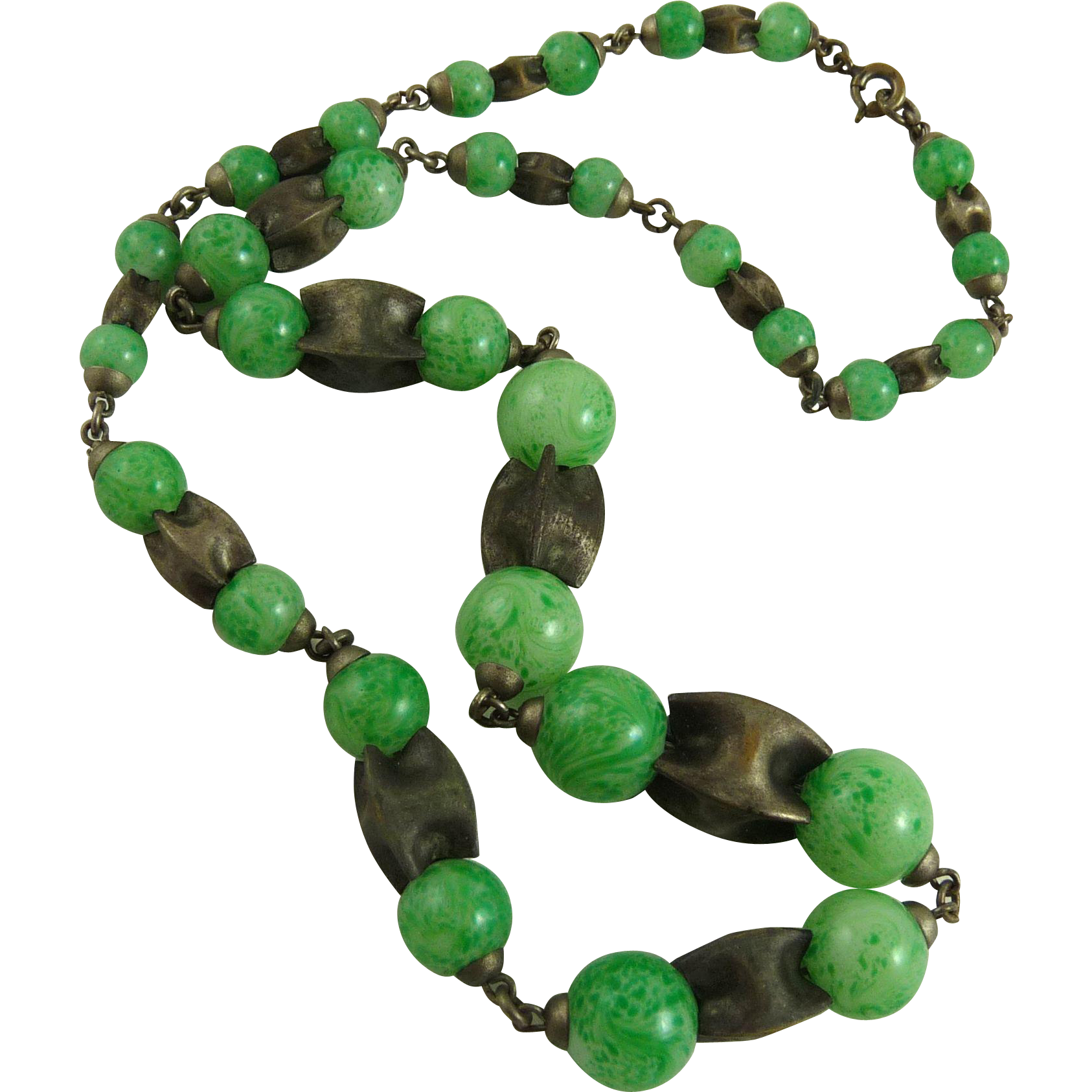 Vintage Art Deco Czech Glass Bead Necklace