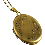 Vintage 14K Locket with Etched Flowers