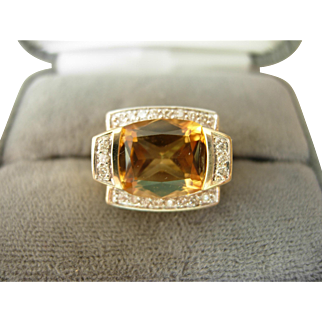 Pretty Citrine & Diamond Ring 14kt Gold