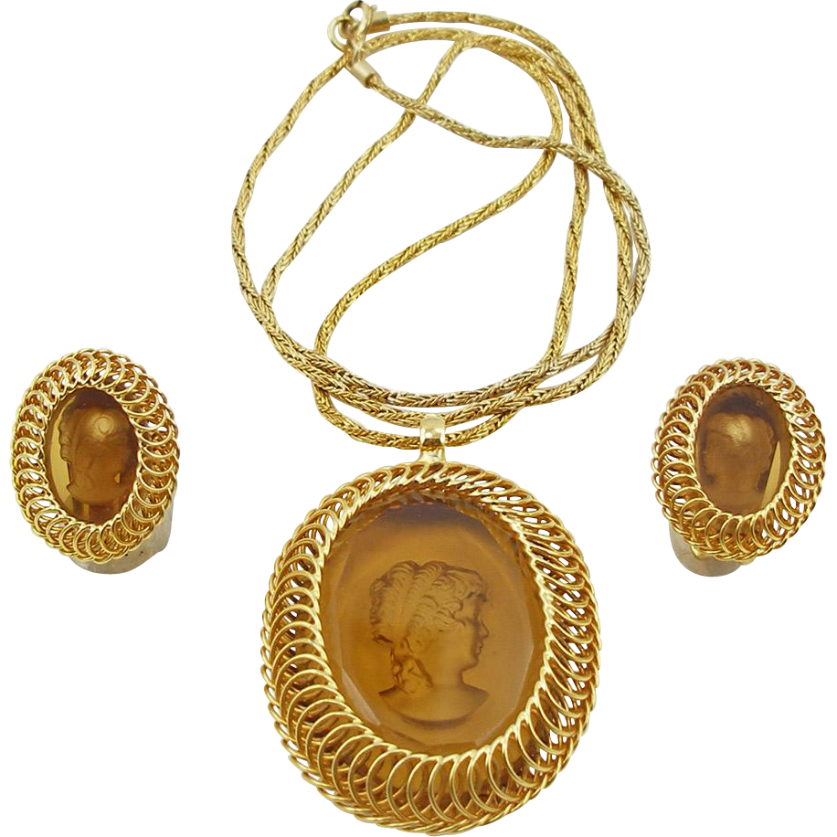 Vintage Signed Warner Topaz Colored Reverse Cameo Demi Parure