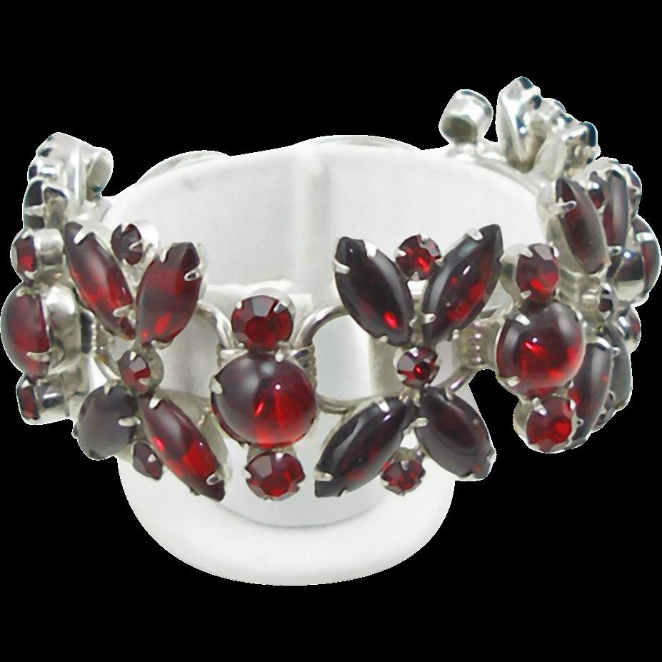 Vintage DeLizza & Elster Juliana Red Cabochon Bracelet