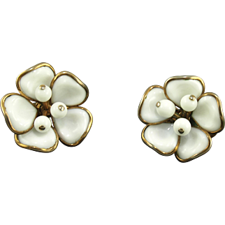 Vintage Trifari White Poured Glass Flower Earrings