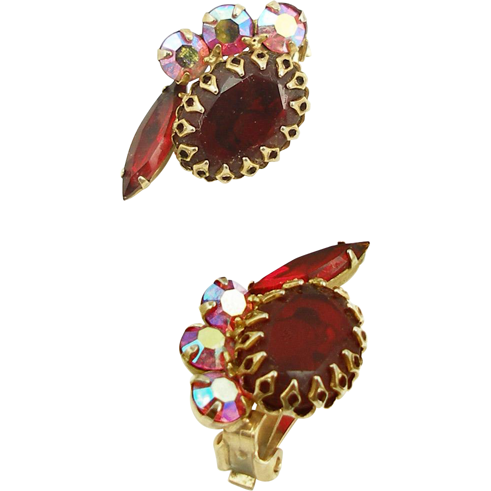 Vintage Unsigned Red Rhinestone Clip Earrings