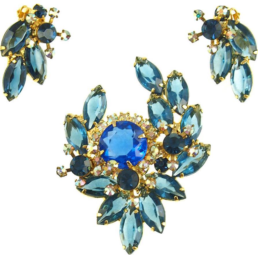 Vintage D&E Juliana Blue Pin and Earrings Demi Parure