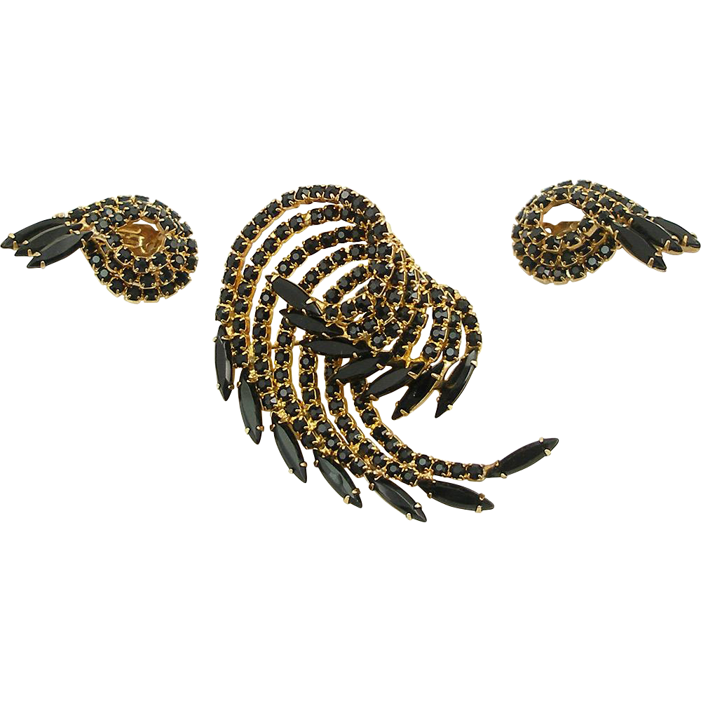 Vintage Unsigned Black and Gold Pin and Earrings Set