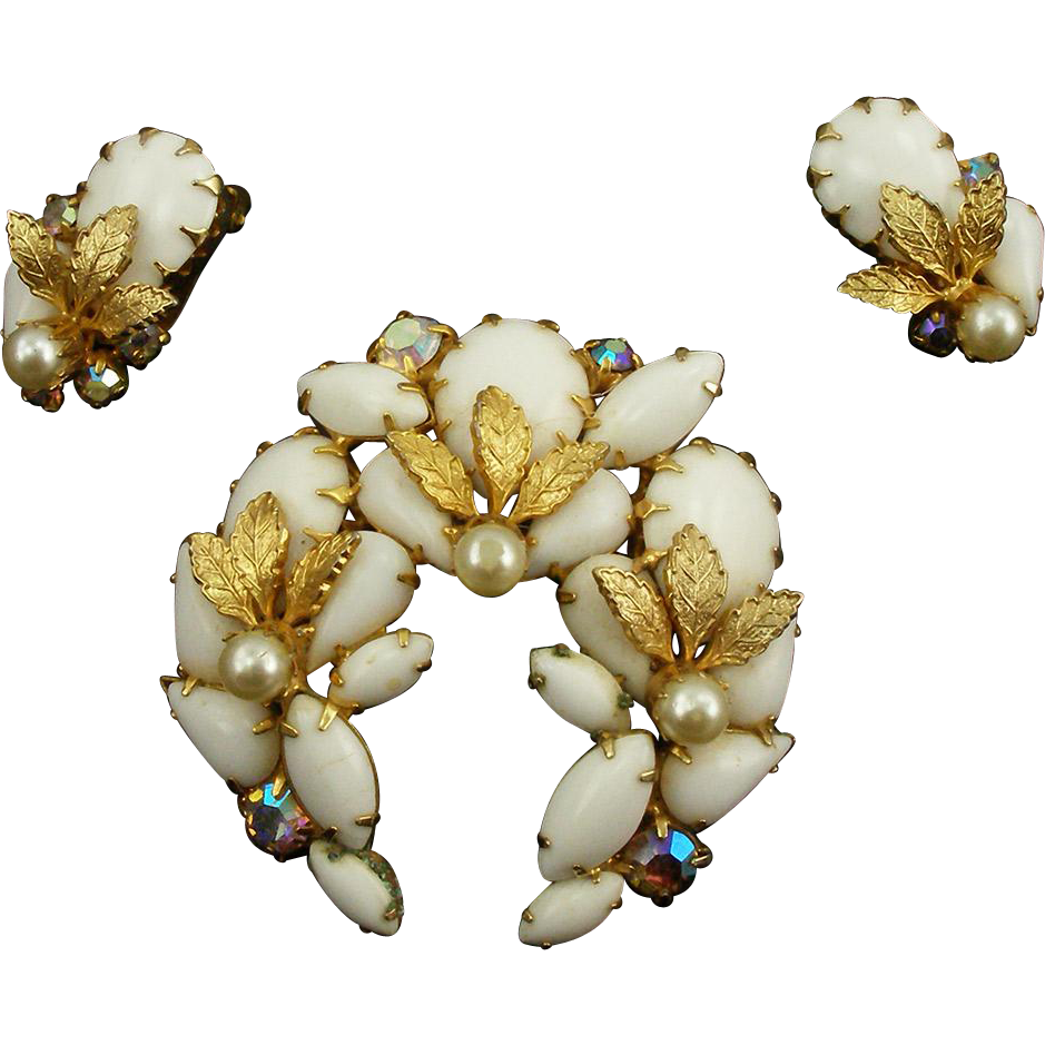 Vintage Unsigned Gold & White Demi Parure