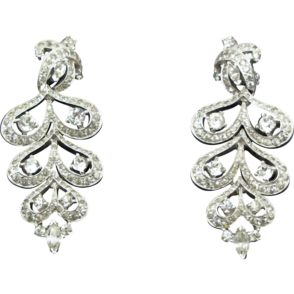 Unsigned Vintage Chandelier Rhinestone Earrings