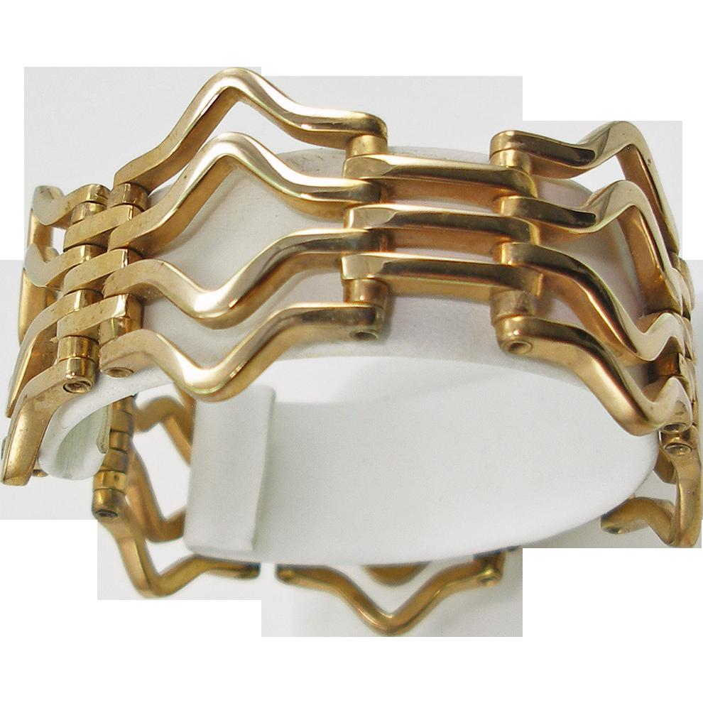 Vintage Gold Tone Wave Link Bracelet