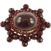 Antique Victorian 9K Garnet Pin
