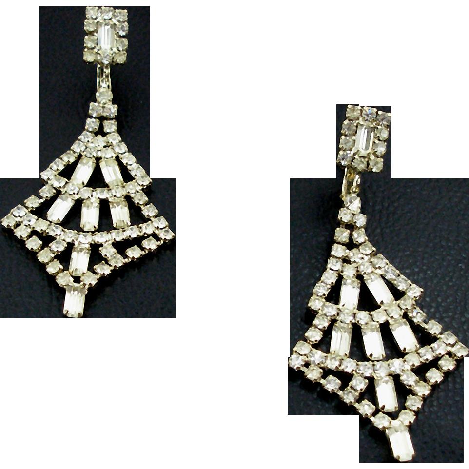 Vintage Unsigned Crystal Rhinestone Shoulder Duster Earrings