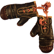 Miniature Detailed Leather Boxing Gloves