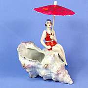 Luster Shell Bathing Beauty Vase