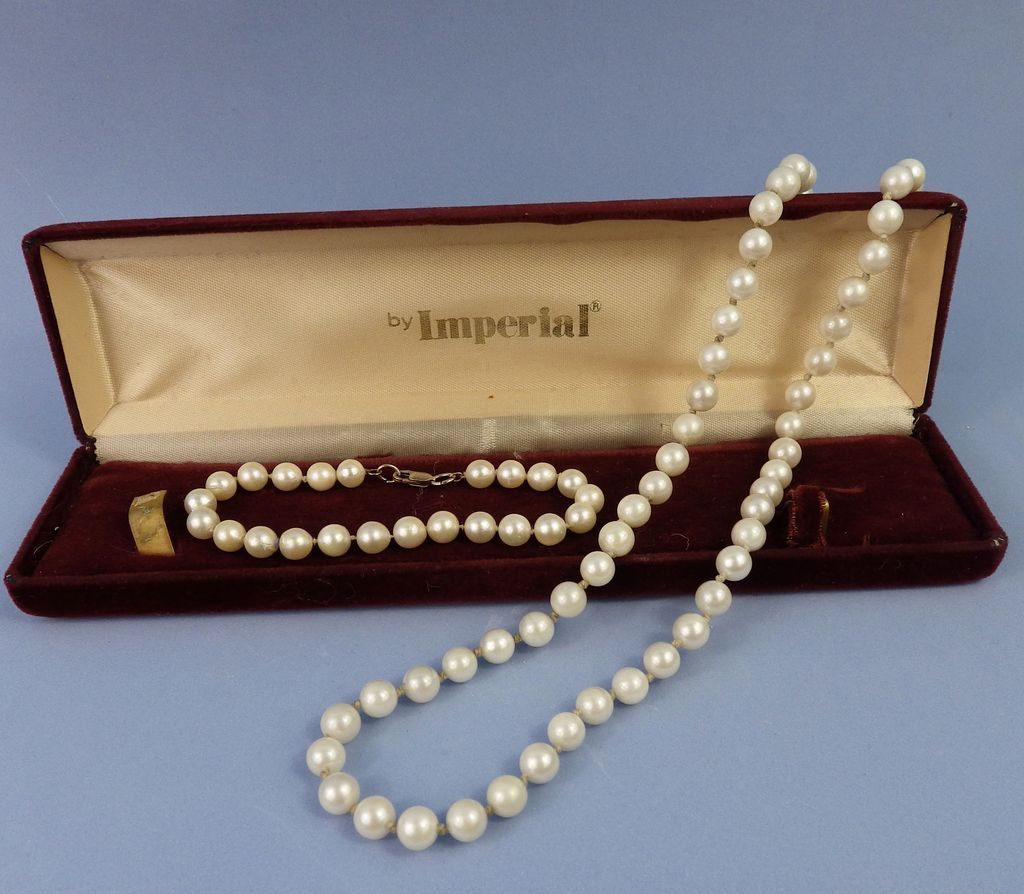 Pearl Necklace Clasp: Vintage Cultured Pearl Necklace With 14kt Clasp & Bracelet