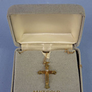 14kt Vintage 3-Dimensional Cross with Diamond on Chain