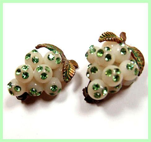 Green Rhinestone Lucite Grape Cluster Earrings