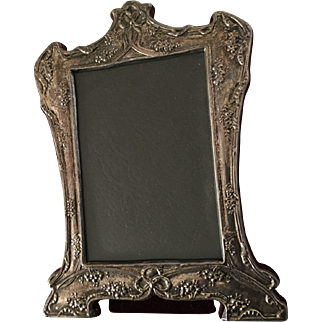 Vintage Sterling Silver Picture Frame With Pretty Ornate Details