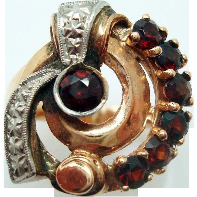 Retro 14 Karat Rose Gold Genuine Natural Garnet Ring