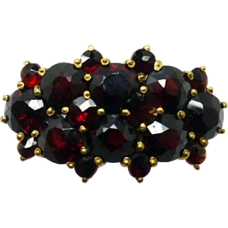 14 Karat Yellow Gold Genuine Natural Bohemian Garnet Ring
