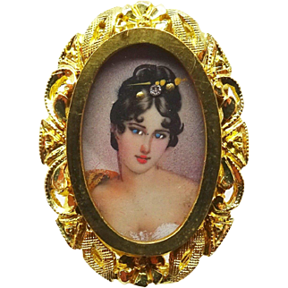 18 Karat Gold Hand Painted Portrait Ring with Pierced Border
