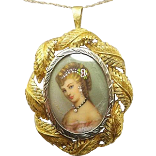 18 Karat Gold Hand Painted Portrait Pendant / Pin with Leaf Border