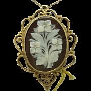 14 Karat Floral Shell Cameo Pendant