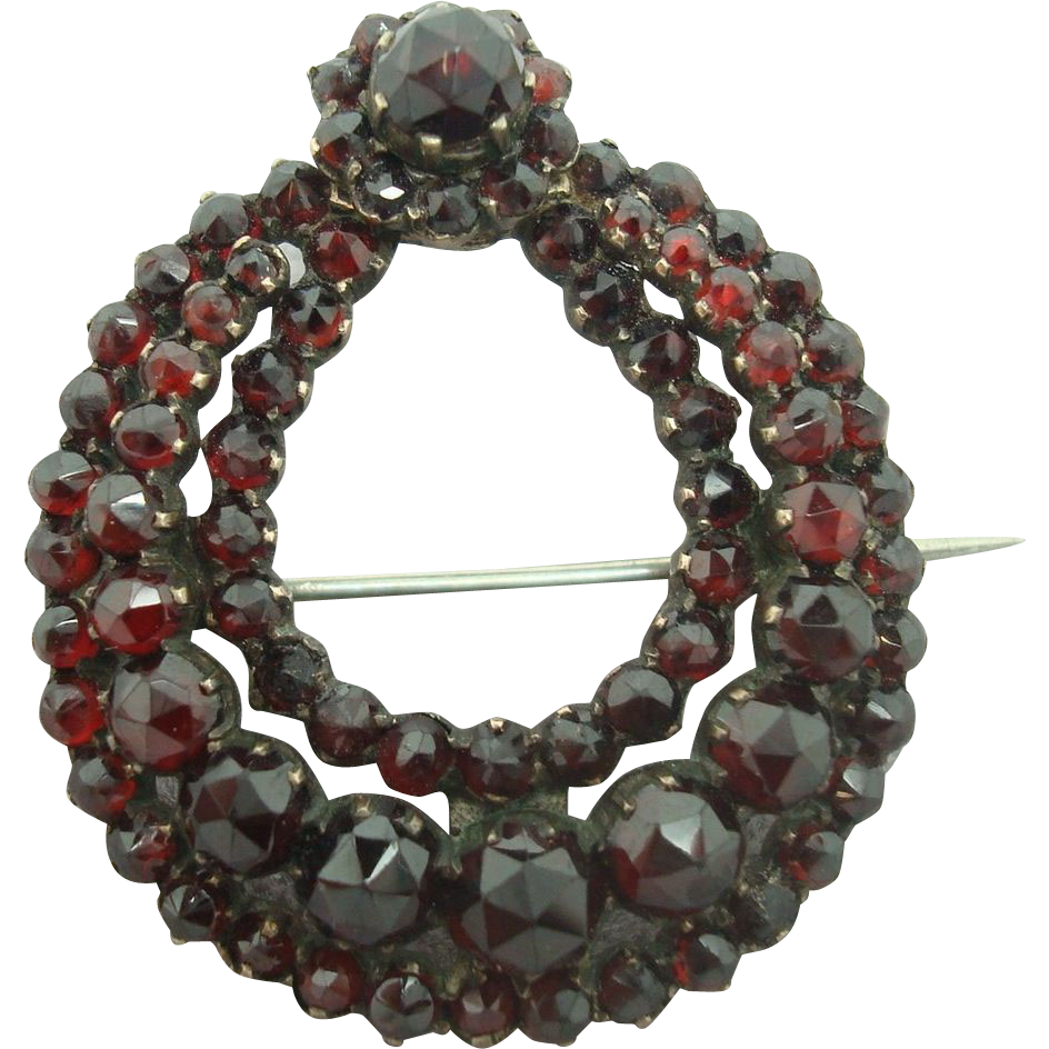 Genuine Natural Bohemian Garnet Wreath Pin