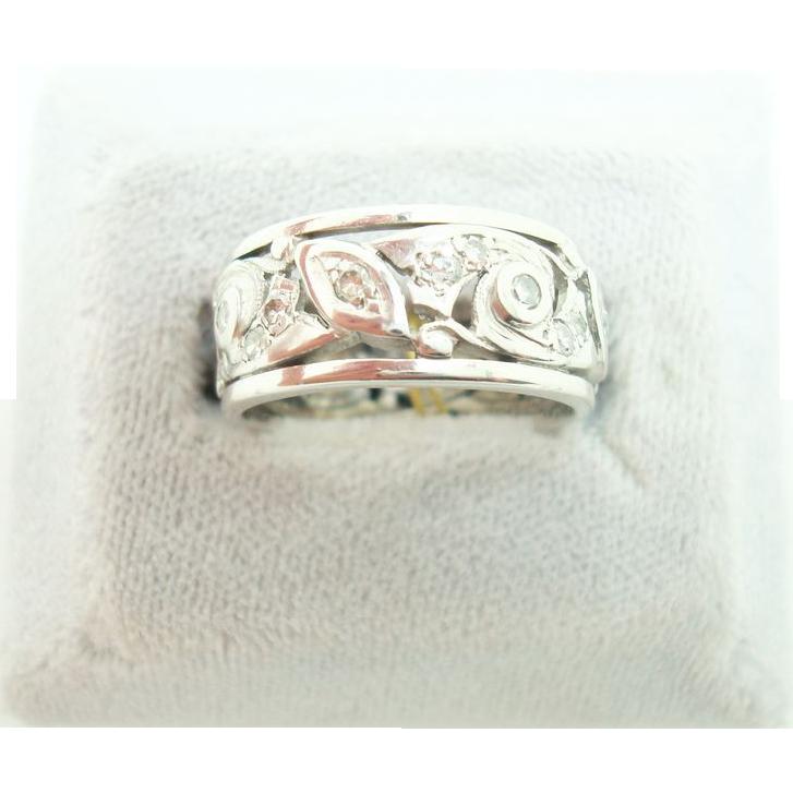 Pierced Art Deco Platinum Diamond Ring