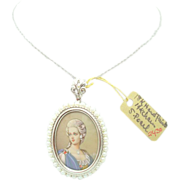 18 karat Hand-Painted Portrait Pendant w Dias and Pearl