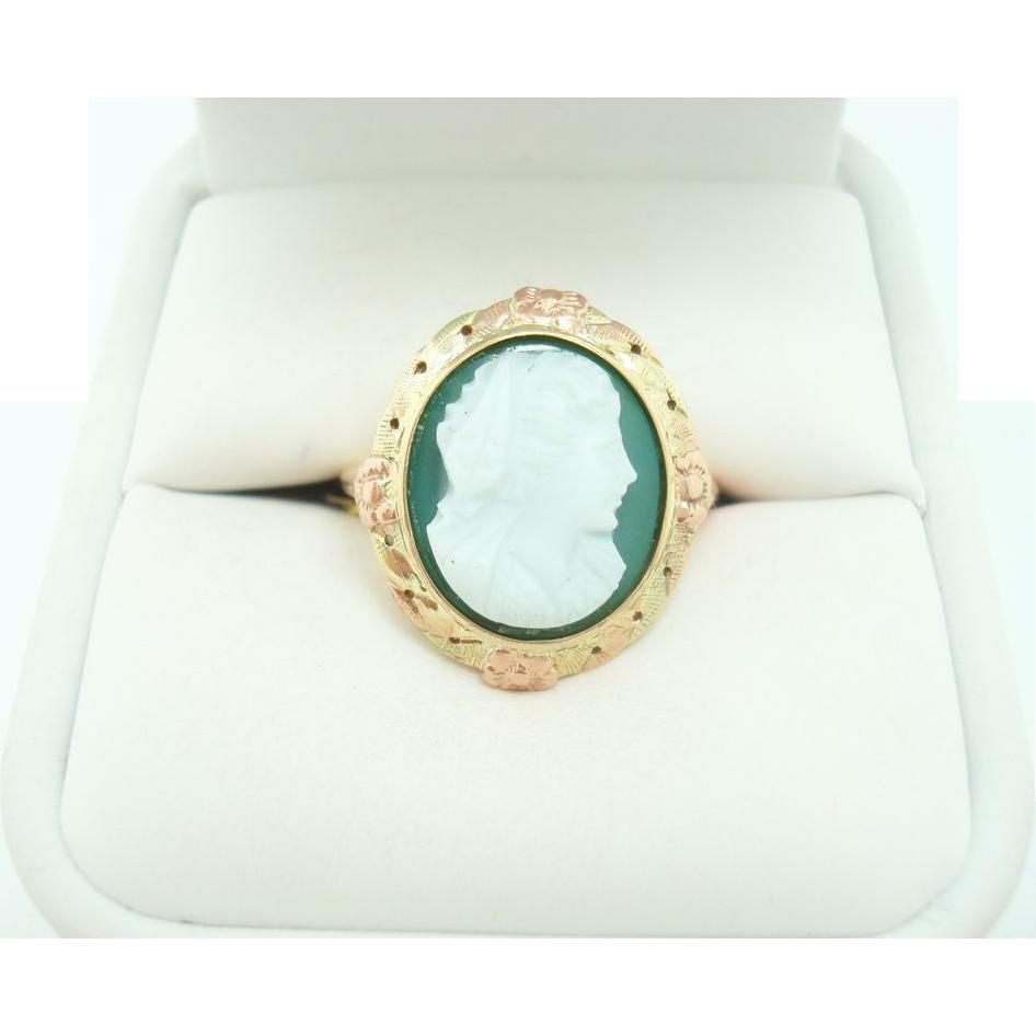 10 Karat Chrysoprase Green Stone Cameo Ring