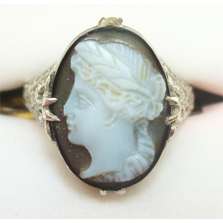 10 Karat Gold Filigree Oval Hard Stone Genuine Natural Cameo Ring