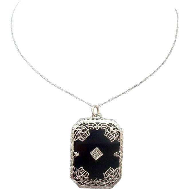 10 Karat Gold Filigree Genuine Natural Onyx Pendant with Diamond