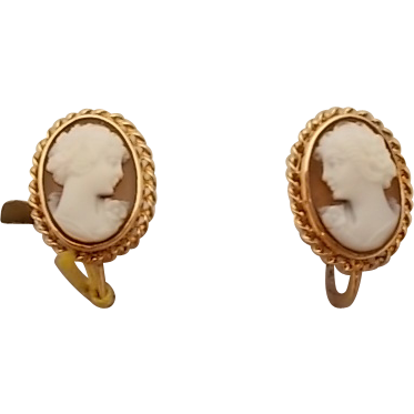 Pretty 10 Karat Shell Cameo Earrings