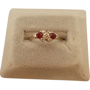 14 karat Ring with 2 Rubies and Diamonds