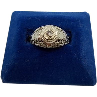 18 karat Diamond Ring with Heart Engraved Band