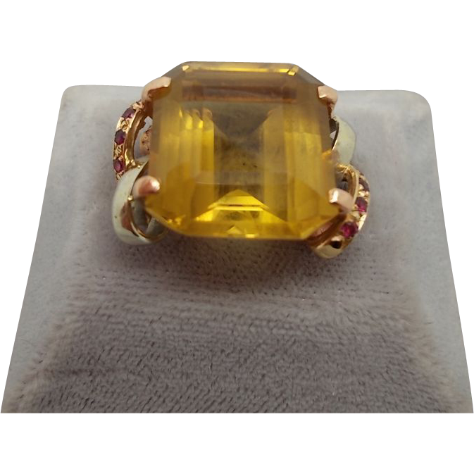 14 karat Retro Ring with Large Citrine and Rubies