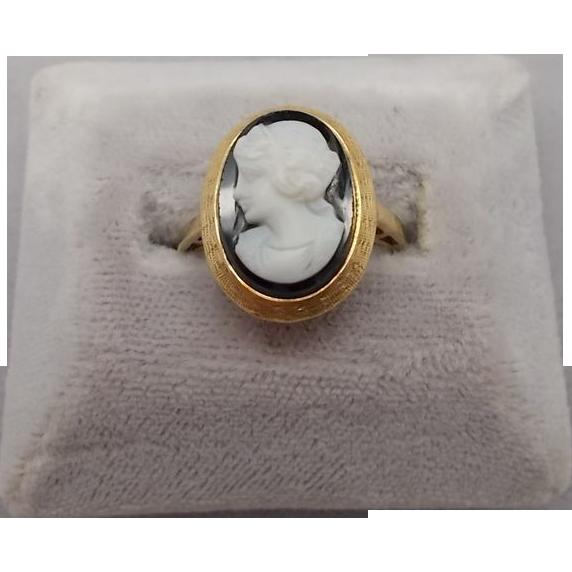 10 karat Hard Stone Cameo Ring