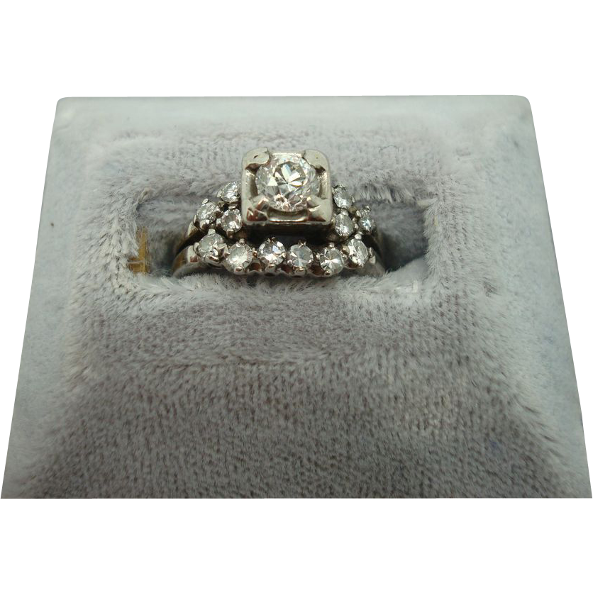 14 karat Wedding Set with .40ct center Diamond