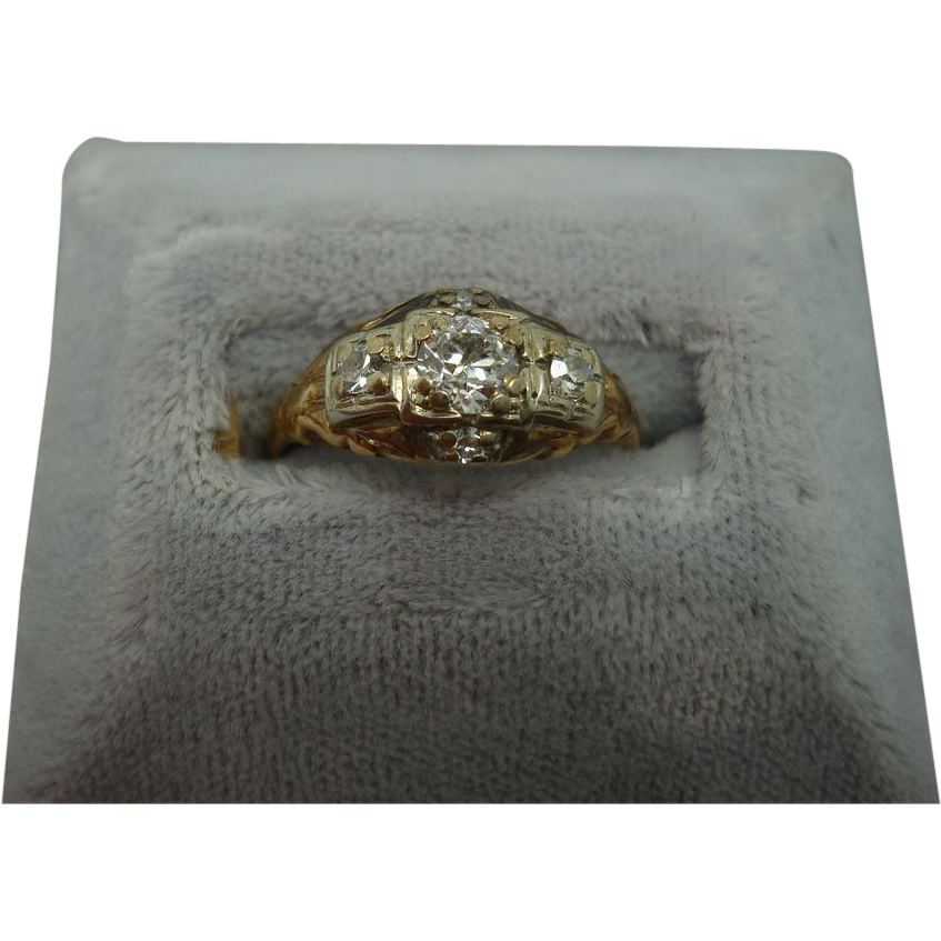 .33ct Diamond Ring with .10ct Side Diamonds