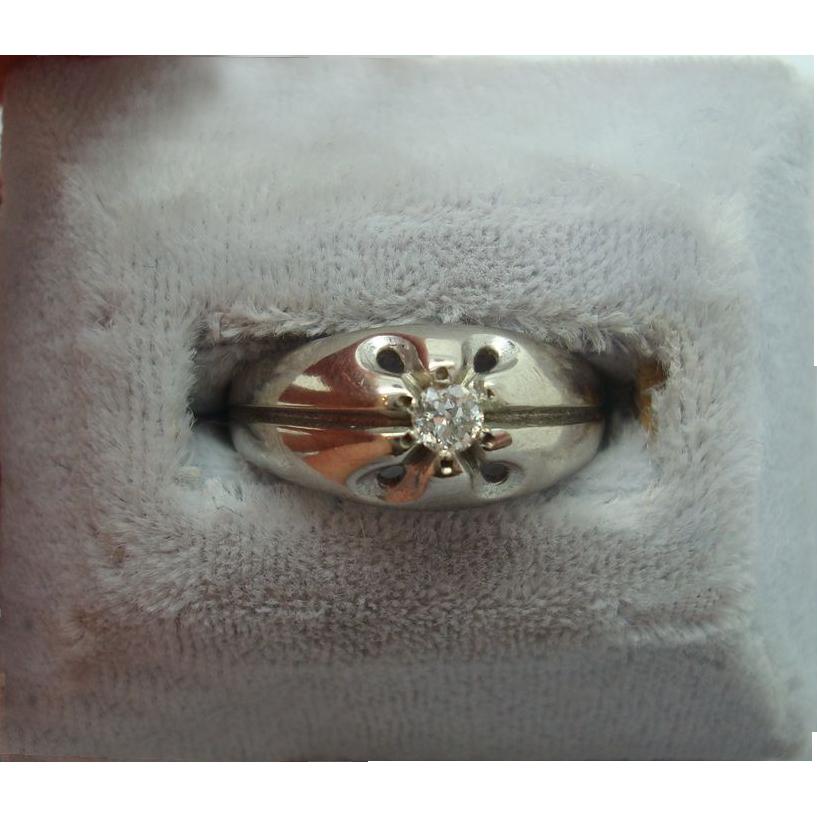 10 karat Round .10ct Diamond Ring