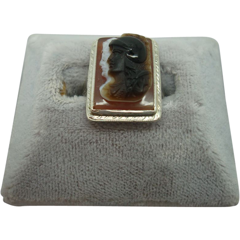 14 karat Sardonyx Stone Cameo Ring