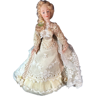"5 1/2"" Miniature Lady doll by Pat Boldt"