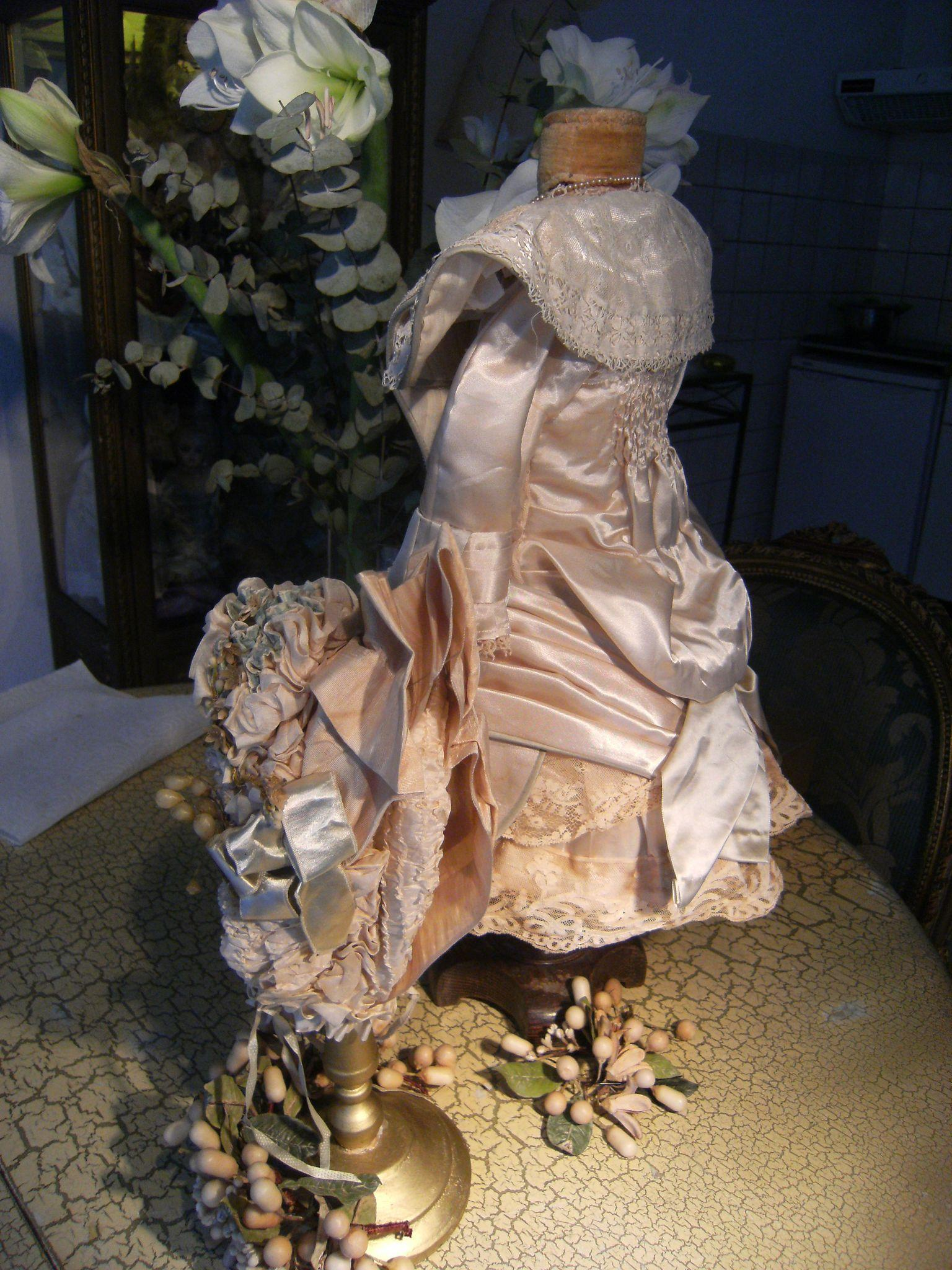 Extremely beautiful french haute couture costume and for French haute couture