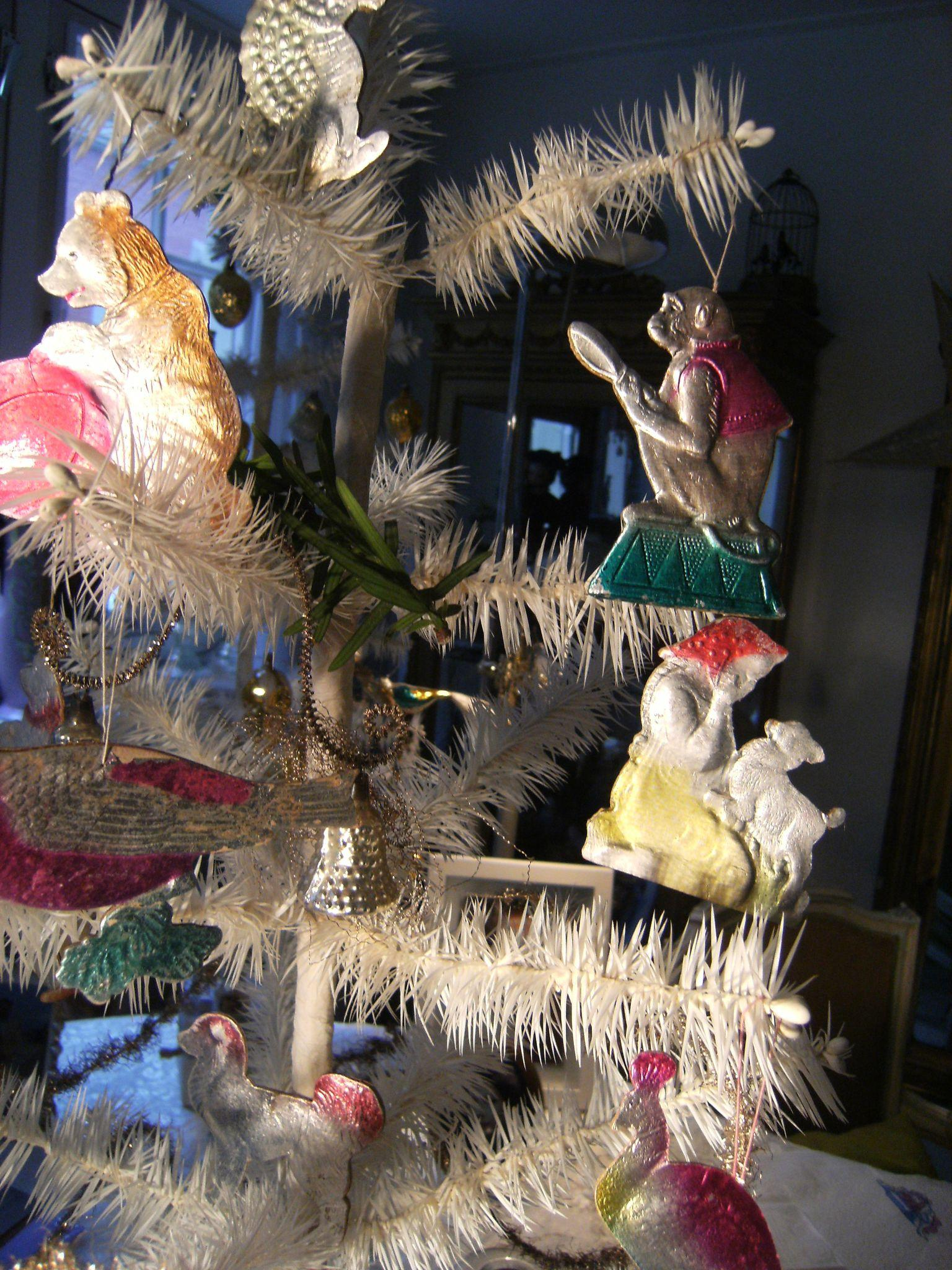 Beautiful Christmas ornaments for your feathertree, sold ...