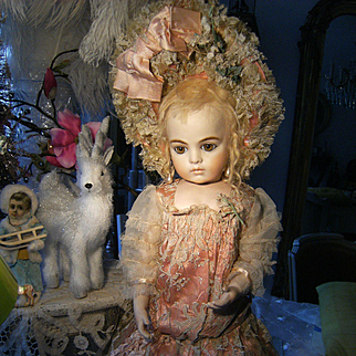 Look.........,.such a beautiful dreamy FRENCH dress and hat for your antique BéBé doll....