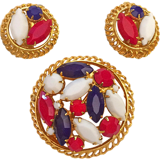 Patriotic Rhinestone Pin Brooch Clip Earrings Set Red White Blue Gold Tone