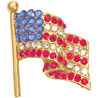 """Vintage American Flag Pin Brooch Rhinestone Signed """"MADE IN USA"""" 1970s"""